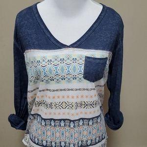 Roxy v-neck t-shirt